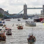 LONDON, ENGLAND - JUNE 15: Boats from the 'Fishing for Leave' campaign group and boats from the 'In' campaign join a flotilla along the Thames River on June 15, 2016 in London, England. The flotilla organised by members of the Fishing for Leave group, who are campaigning to leave the European Union ahead of the referendum on the 23rd of June, was countered by boats representing the 'In' campaign. (Photo by Jack Taylor/Getty Images)